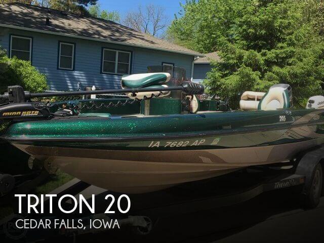 2000 Triton 205 Walleye