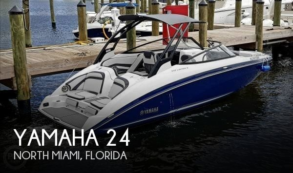 2017 Yamaha 242 Limited S
