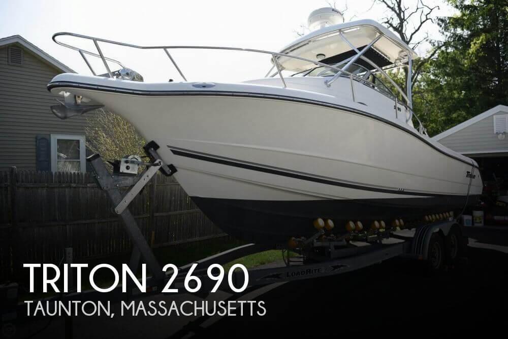 2005 Triton 2690