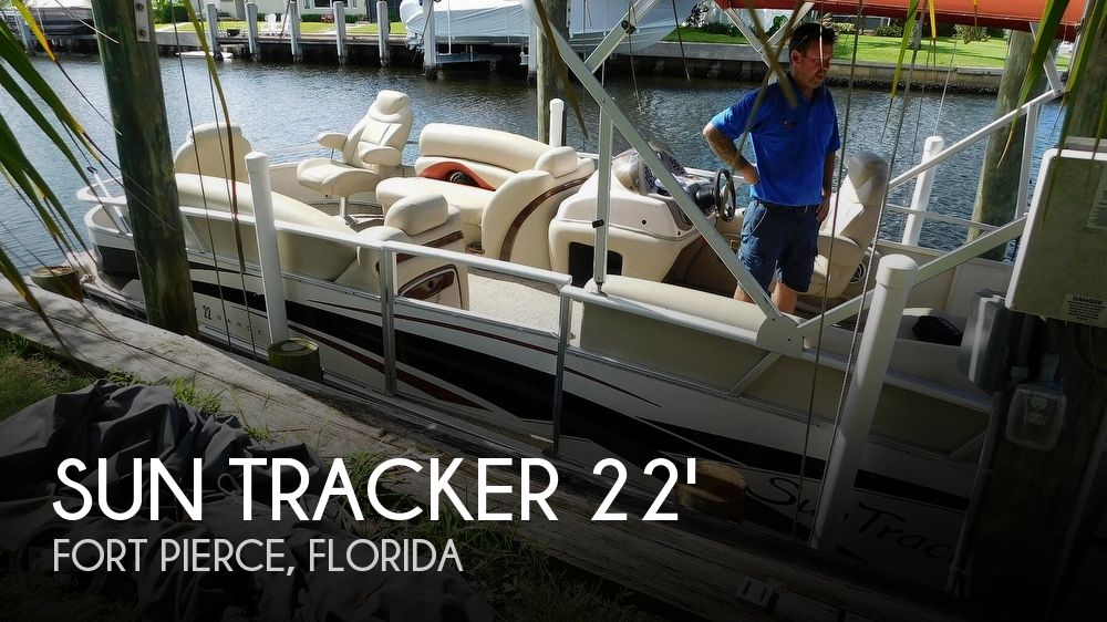 2008 Sun Tracker 22 Party Barge Regency Edition