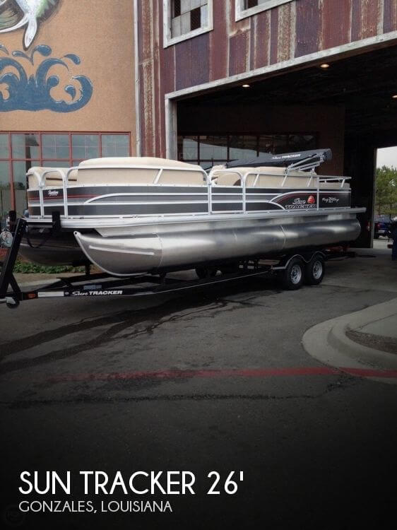 2015 Sun Tracker Party Barge 24 DLX Signature Series