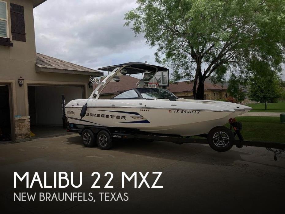 2014 Malibu 22 MXZ