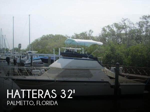 1983 Hatteras 32 Flybridge Fisherman