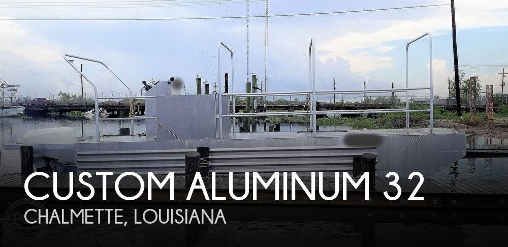 2010 Custom Aluminum 32