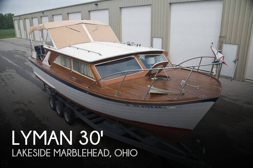 1969 Lyman 30' Express Cruiser