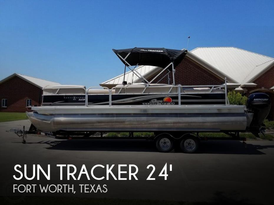 2014 Sun Tracker Party Barge 24 RF XP3