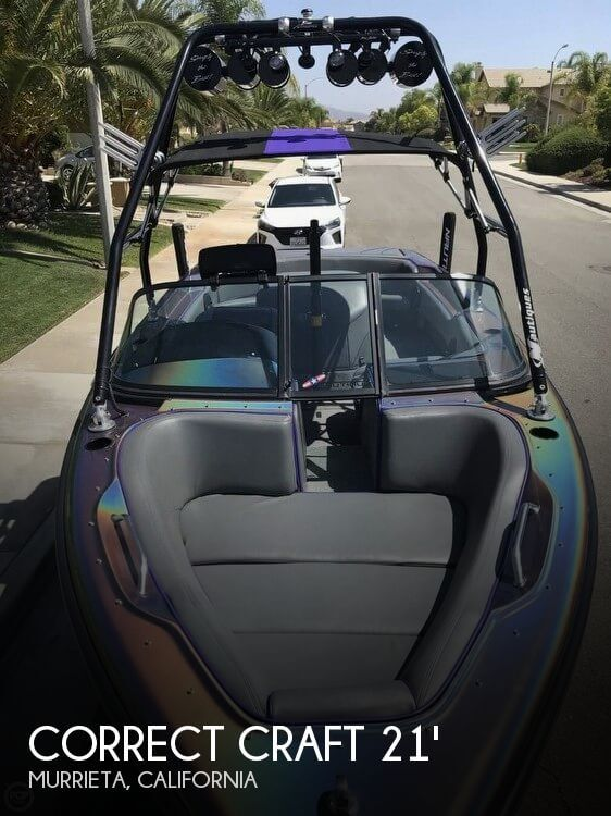 1998 Correct Craft 21 Sport Nautique
