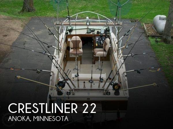 1985 Crestliner Nordic 22