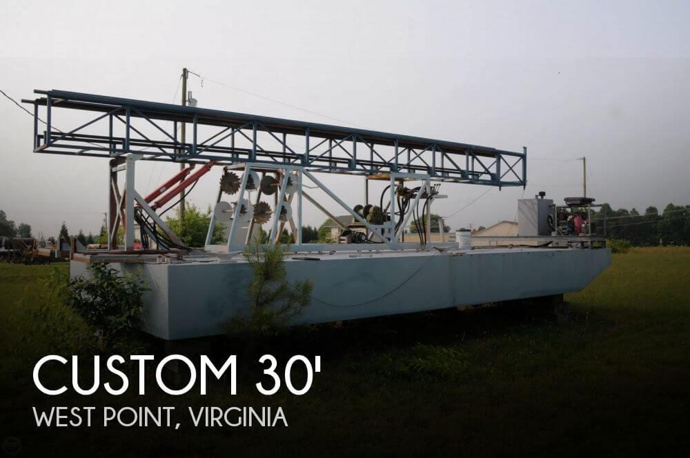 2009 Custom 30 Work Barge
