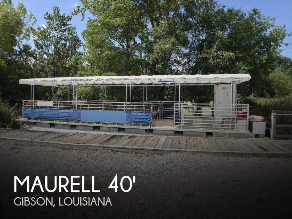 2001 Maurell Commercial Passenger