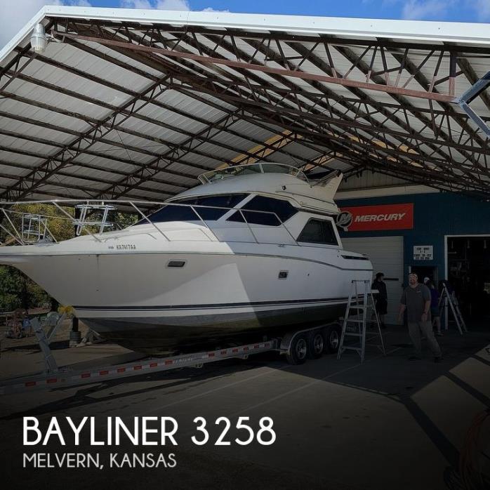 1997 Bayliner 3258 Avanti Flybridge