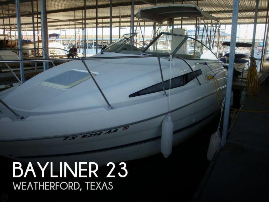 1998 Bayliner 23