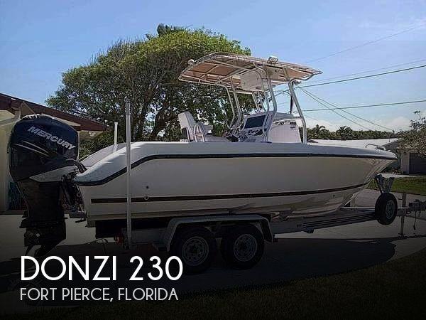 2007 Donzi 230