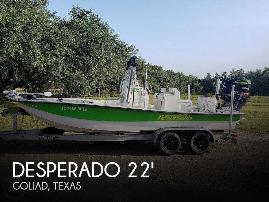 2012 Desperado Outlaw 22 Mod Tunnel Catamaran