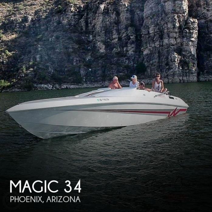 1995 Magic 34 Sorceror