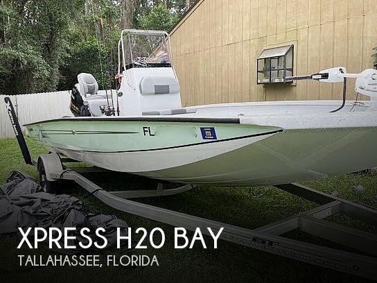 2021 Xpress H20 Bay