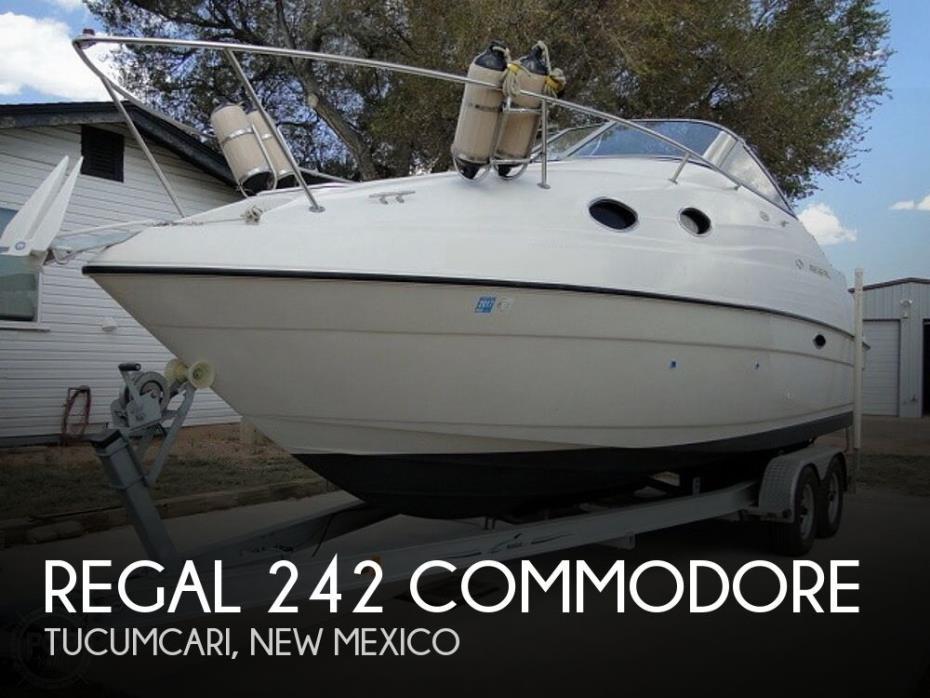 1999 Regal 242 Commodore