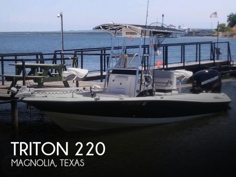 2018 Triton 220 LTS Pro Tournament Edition