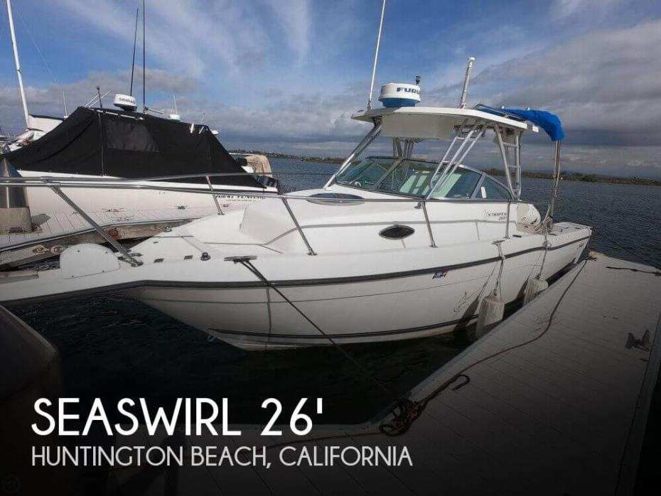 1999 Seaswirl Striper 2600