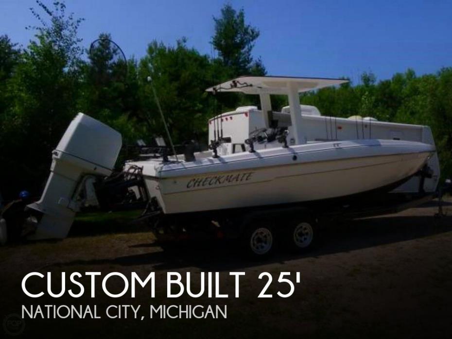 2013 Custom Built 25 Center Console