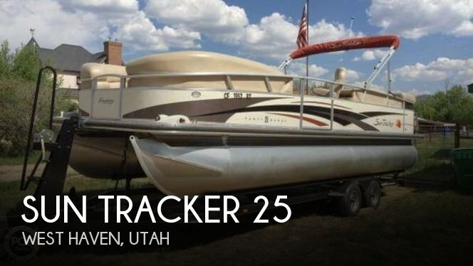 2008 Sun Tracker Party Barge 25