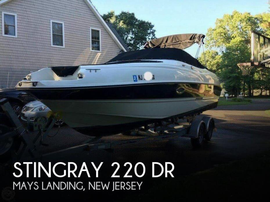 2006 Stingray 220 DR
