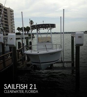 2000 Sailfish 216 CC