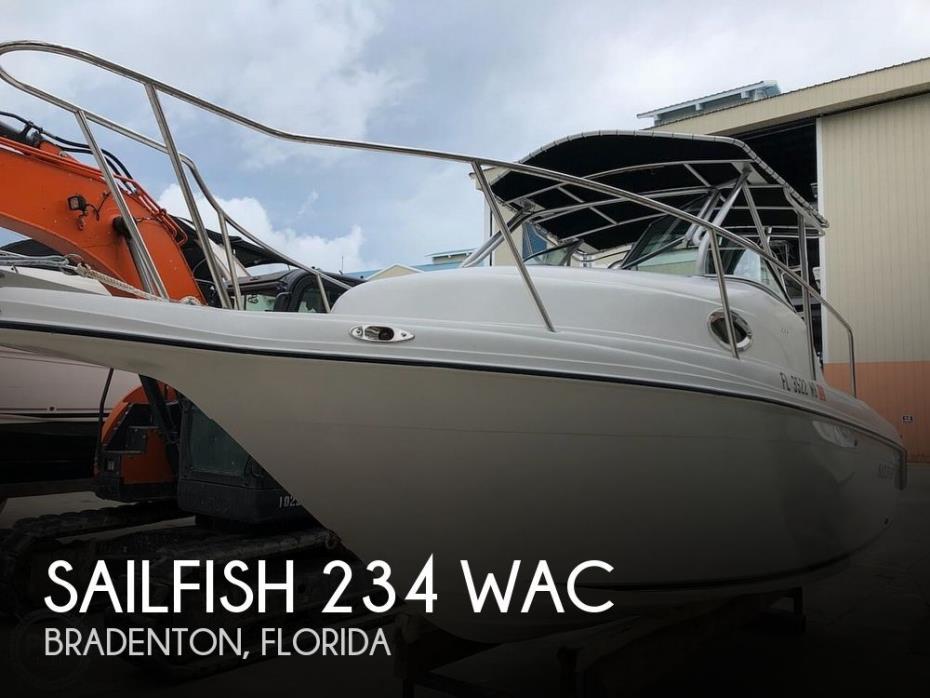 2001 Sailfish 234 WAC