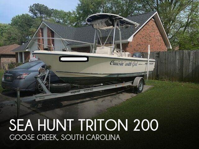 2002 Sea Hunt 200 Triton