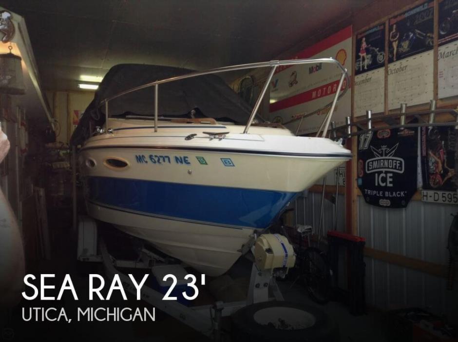 1986 Sea Ray Cuddy Cruiser SRV230