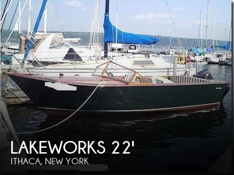 2004 Lakeland Boatworks 22 Isle Royale