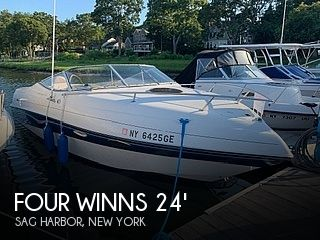 1996 Four Winns 245 Sundowner