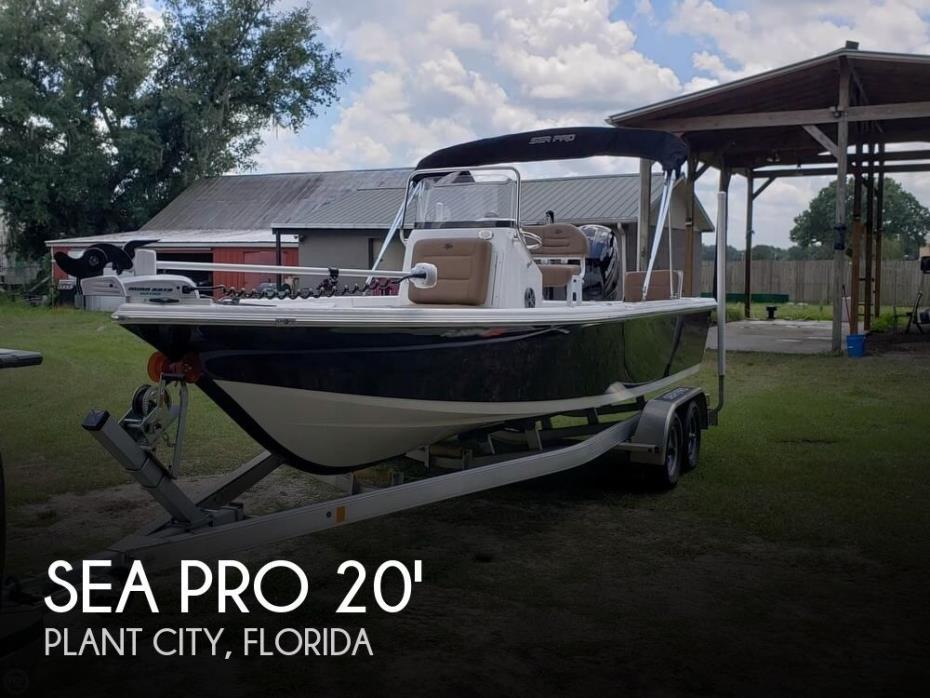 2018 Sea Pro 208 Bay Series