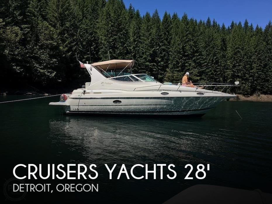 2003 Cruisers Yachts Express 3075
