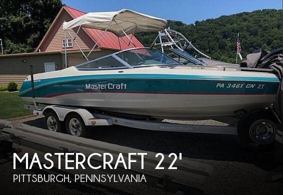 1993 Mastercraft Maristar 225
