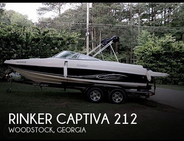 2005 Rinker Captiva 212