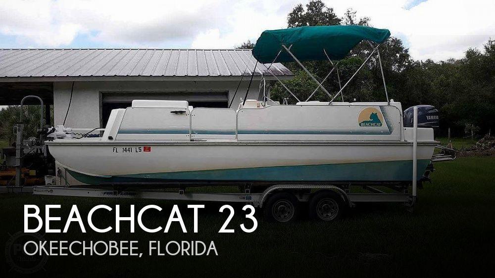 2001 Beachcat 23