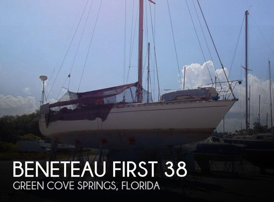 1982 Beneteau First 38