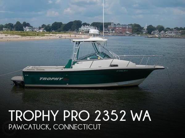 2004 Trophy Pro 2352 WA