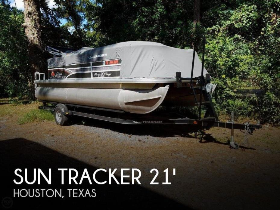 2015 Sun Tracker 20 DLX PARTY BARGE