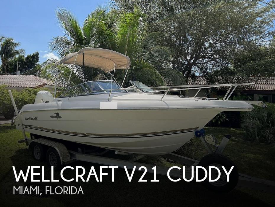 2004 Wellcraft V21 Cuddy