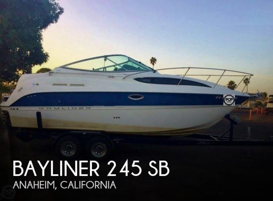 2006 Bayliner 245 SB