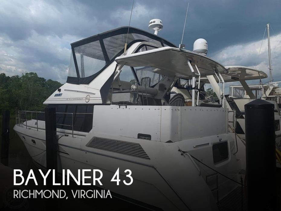 1993 Bayliner 4387