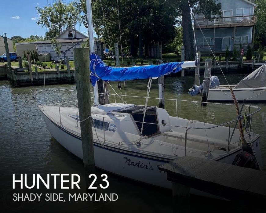 1985 Hunter 23
