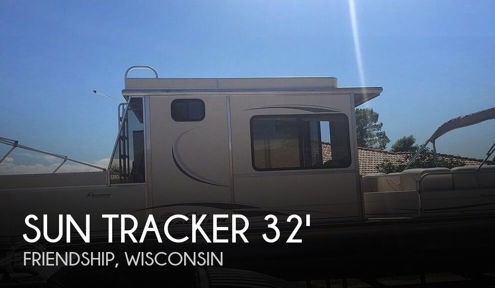 2005 Sun Tracker Party Cruiser 32 Regency Edition