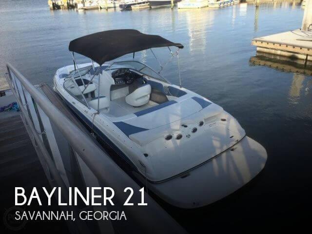 2012 Bayliner 215 Bowrider