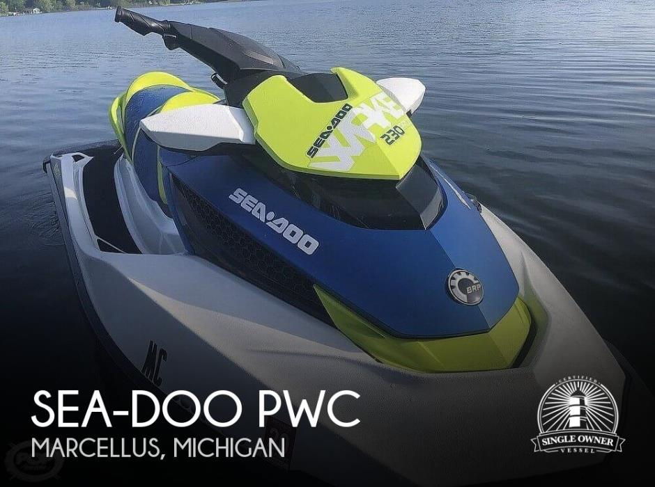 2017 Sea-Doo 230 Wake Pro