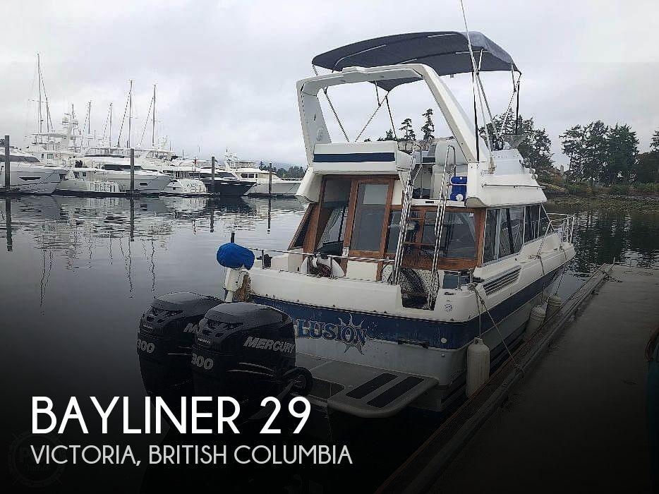 1989 Bayliner 2958 Command Bridge