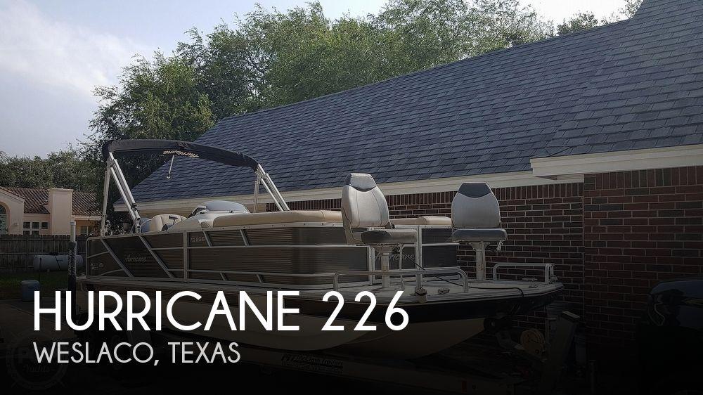 2016 Hurricane FUNDECK 226F