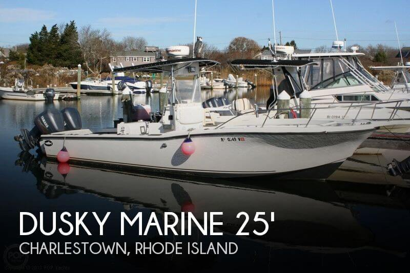 1992 Dusky Marine 256 Center Console